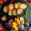 Баклажаны в темпуре и овощи гриль